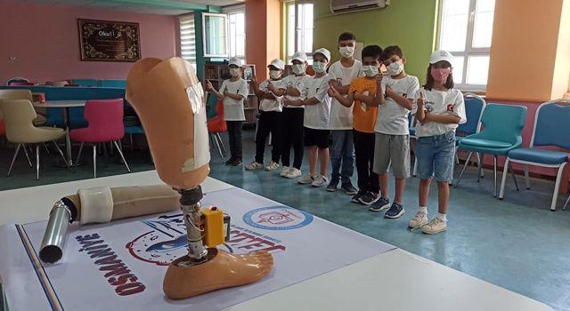 Engelli dedesinin protezinden etkilenerek yaptığı proje TEKNOFEST'te