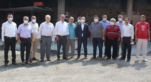 Toprakkale'nin Sayhüyük Köyünde halk toplantısı yapıldı